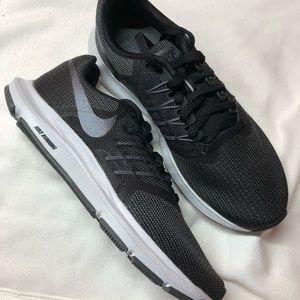 Nike Men Run Swift Black Size 12